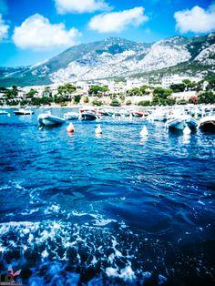 """Karibische Traumstrände, umgeben von unendlichem blauem Wasser, viele Hügellandschaften und Berge zum Erklimmen, Traumurlaub zu einem erschwinglichen Preis – so ungefähr könnte man die Traumurlaubsdestination """"Sardinien"""" in kurzen Worten beschreiben. Strand, Mountains, Nature, Travel, Europe, Photos, Descriptive Words, Sardinia, Caribbean"""