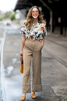 All the incredible street style outfits we want to emulate from Mercedes-Benz Fashion Week Australia Fashion Quarterly Summer Work Outfits, Summer Outfits Women, Cool Outfits, Office Outfit Summer, Summer Clothes, Summer Office Style, Simple Outfits, Casual Street Style Summer, Culottes Outfit Summer