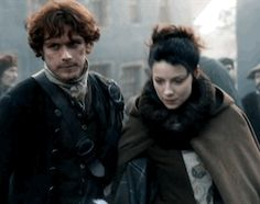 Jamie & Claire after saving young boy from the pillar .gif