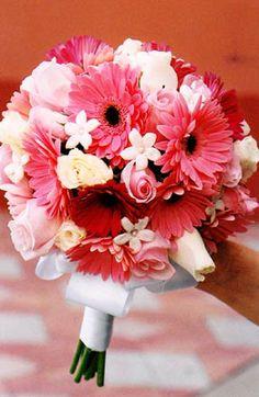 gerbera daisy bouquet w/ roses