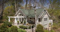 Green Exteriors Design, Pictures, Remodel, Decor and Ideas - page 9