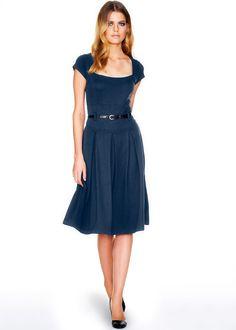 Vestido azul-escuro encomendar agora na loja on-line bonprix.de R$ 149,00 a partir de Superfeminino, em malha confortável de usar. Decote quadrado, mangas ...