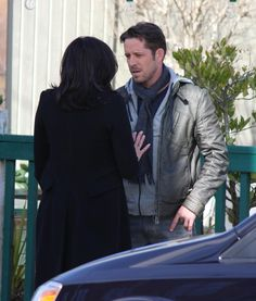 Lana & Sean filming scenes for episode 4x20 - March 3, 2015