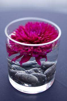 Cocktail table flower option