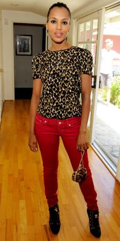 """Look of the Day › August 16, 2011 WHAT SHE WORE Kerry Washington unwound at Jennifer Klein's annual Day of Indulgence in Express jeans, a short-sleeve Ann Taylor blouse, lace-up Tory Burch booties and a Louboutin clutch. WHY WE LOVE IT The actress gave new meaning to the term """"hot pants"""" in a bold red pair accented with leopard print."""