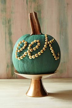 Pumpkin decorating is the most fun when it's beautiful and takes the least amount of work. These stylish no-carve pumpkin decorating ideas are chic and great for kids and adults alike.
