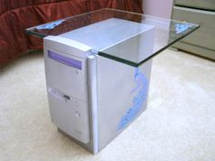 repurpose an old computer tower to a whimsical end table. See details on the link. E Waste Recycling, Computer Diy, Old Computers, Reuse Recycle, Recycled Furniture, Repurposed, Home Goods, Whimsical, Linux