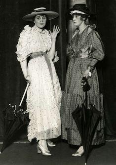 Two stylish women, Germany, 1917. Vintage Edwardian fashion.