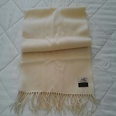 Hermes authentic 100% cashmere scarf Cream color, 100% cashmere, perfect condition, no stains. Hermes Accessories Scarves & Wraps