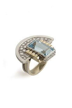Ring | Jean Després.  1937. platinum, gold, aquamarine, diamonds