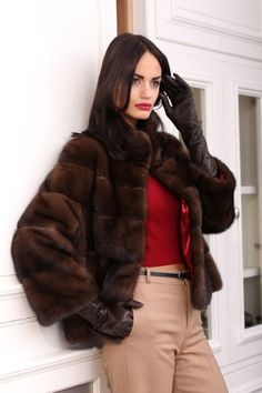 Long Gloves, Fur Fashion, Leather Gloves, Fur Coat, How To Wear, Stuff To Buy, Outfits, Shopping, Women