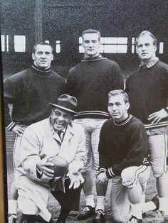 Packers Football, Football Season, Football Coaches, Packers Baby, Greenbay Packers, School Football, Green Bay Packers Fans, Nfl Green Bay, Baseball Classic