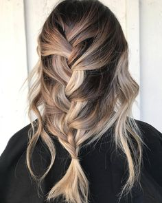 "522 Likes, 20 Comments - Jessica VanDerWouden (@jleighwebdoeshair) on Instagram: ""Shear P O W D E R ✨. . . Happy Monday Hair babes . . . . Balayage & styled by meeee. Braid by…"""