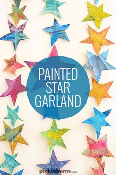 Recycle some old newspaper and make this simple painted star garland. Recycle some old newspaper and make this simple painted star garland. Arts And Crafts Projects, Projects For Kids, Crafts For Kids, Jar Crafts, Diy Girlande, Stars Craft, Ecole Art, Star Garland, Camping Crafts