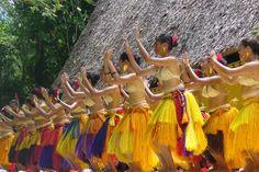 Palau traditional female dancers