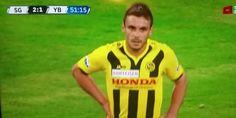 """Este jogador terá marcado o """"melhor"""" golo da história do futebol, será sem dúvida um dos m..."""