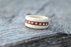 Swedish native antler ring sami wood and antler by NORDICJEWELRY, kr649.00