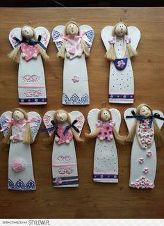 Anioły. Polymer Clay Projects, Clay Crafts, Diy And Crafts, Paper Clay, Clay Art, Christmas Crafts For Kids, Christmas Mood, Clay Ornaments, Christmas Ornaments