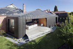 Shadow House by Matt Gibson - hidden gutters | zinc | concrete