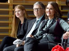 Bill Gates is raising his children according to a 'Love and Logic' formula — here are his top tips for grooming successful kids Bill Gates Family, Bill Gates Daughter, Bill Gates Steve Jobs, Harvard Students, Jazz At Lincoln Center, Interesting Facts About World, Love And Logic, Teenager Quotes, How To Become Rich
