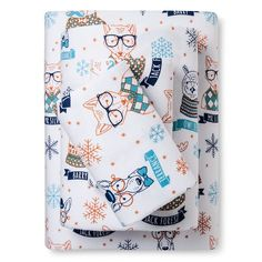 The Hipster Animal Flannel Sheet Set from Pillowfort brings a modern yet playful motif to the room. The sheets makes use of fresh hues that fits easily with other bedroom decor. Tween Gifts, Gifts For Kids, Animal Graphic, Twin Sheet Sets, Cotton Sheets, Kids House, Boy Room, Cool Gifts, Home