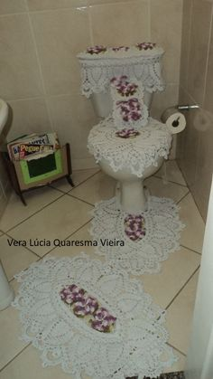 Eliane Crochet Tablecloth Pattern, Crochet Curtains, Crochet Baby, Knit Crochet, Crochet Monokini, Doily Patterns, Bathroom Sets, Shabby Chic Decor, Doilies