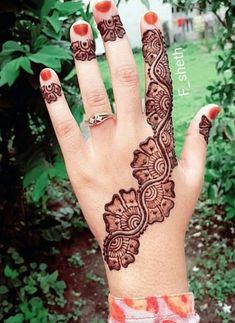 121 Simple mehndi designs for hands - Henna mehndi - Henna Designs Hand Henna Hand Designs, All Mehndi Design, Mehndi Designs Finger, Basic Mehndi Designs, Indian Henna Designs, Mehndi Designs 2018, Mehndi Designs For Girls, Mehndi Designs For Beginners, Modern Henna Designs