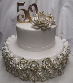50th anniversary cake gold roses
