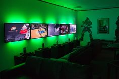 XBox 360 LAN Party Room