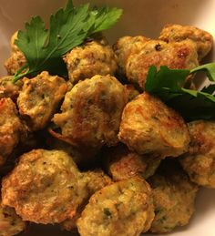 Wonderful chicken meatballs Chicken Meatballs, I Foods, Cauliflower, Vegetables, Head Of Cauliflower, Veggies, Cauliflowers, Veggie Food, Vegetable Recipes