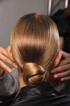 Winter Wedding Hairstyles for Brides with Medium Hair Length Part 2