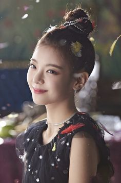 IT'z ME WANNABE MV Behind The Scenes #ITZY #lia Brown Eyed Girls, Kpop Fashion, New Girl, Korean Girl Groups, Kpop Girls, Girly Things, Actresses, Entertainment, Portrait