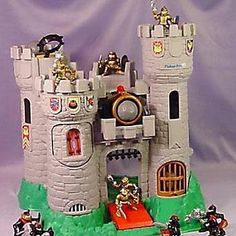 This castle: | 32 Of Your Childhood Toys That Are Worth An Absolute Fortune Now