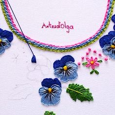 Cuello Bordado con Pensamientos In this tutorial I show you how to embroider a neck with pansy flowers. Diy Embroidery Patterns, Basic Embroidery Stitches, Hand Embroidery Videos, Embroidery Stitches Tutorial, Embroidery Flowers Pattern, Flower Embroidery Designs, Creative Embroidery, Simple Embroidery, Learn Embroidery