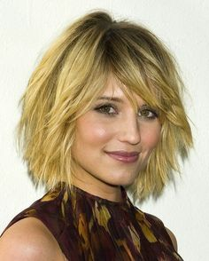 Dianna Agron layered bob hairstyle http://cdn05.cdn.justjared.com/wp-content/uploads/2011/08/glee-press/dianna-agron-lea-michele-glee-press-conference-07.jpg