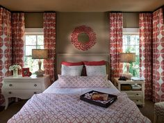 HGTV Smart Home Guest Bedroom Pictures : HGTV Smart Home : Home & Garden Television This could be my new room. Bedroom Color Schemes, Bedroom Paint Colors, Guest Bedrooms, Guest Room, Bedroom Suites, Master Bedrooms, Yellow Bedrooms, Coral Bedroom, Home Bedroom