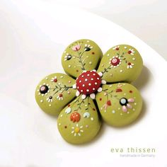 clay jewlery- Bloom. Hand made polymer clay brooch in apple green colour. Made to order