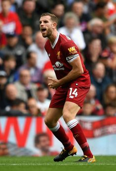 Jordan Henderson Photos - Jordan Henderson of Liverpool reacts during the Premier League match between Liverpool and Manchester United at Anfield on October 2017 in Liverpool, England. - Liverpool v Manchester United - Premier League Liverpool Captain, Gerrard Liverpool, Liverpool Anfield, Liverpool Players, Liverpool Football Club, James Maddison, Premier League Champions, Premier League Matches, Everton