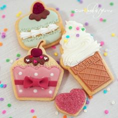 Sweets cookies~ green Macaron, pink cupcake, white ice cream cookie, by ameblo.jp