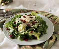 Green salad with Parmesan and cranberries, perfect for Christmas season. (in Greek) Clean Eating, Healthy Eating, Rabbit Food, Healthy Salad Recipes, Healthy Foods, Salad Bar, I Foods, Food Processor Recipes, Side Dishes