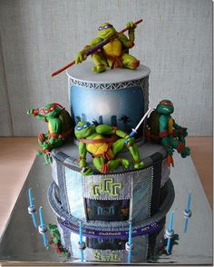 Ninja Turtle Birthday Cake - If only I could I wouldn't want to cut this cake!