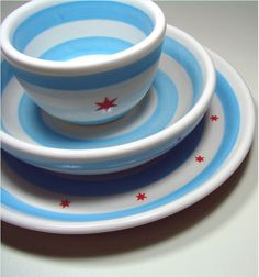 3-piece plate setting in Chicago flag theme, $120, from Etsy
