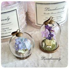 Lunarheavenly crochet flower accessories.