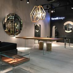 We put a sparkle on the top of the glass design world: the lamp CRYSTAL by Mogg / Design Marcantonio Raimondi Malerba at @tonellidesign  Stand, at The International Interiors Show in Cologne @immcologne   http://www.mogg.it/Prodotti/Lamp/CRYSTAL/  #mogg #moggdesign #lamp #crystal #marcantonioraimondimalerba #interior #design #interiordesign #italian #furniture #italianfurniture #glass #Tonelli #TonelliDesign #ImmCologne #InternationalInteriorsShow #Cologne