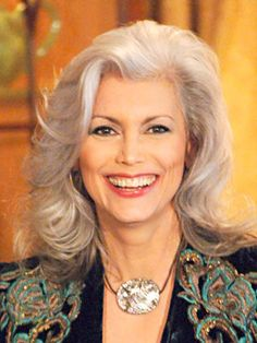 Emmylou Harris - When I'm old and gray, I want to look this good!