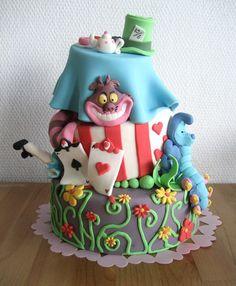 Cake decorations: Alice in Wonderland ~ Home Decorating Ideas