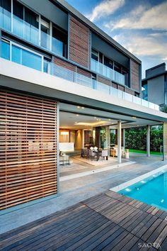 Modern House Design : Head Road 1816 by SAOTA