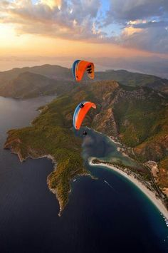 Enjoy breathtaking tandem Oludeniz paragliding flight with experienced pilot. Babadag mountain Fethiye paragliding in Olu Deniz Turkey. Places Around The World, Oh The Places You'll Go, Places To Travel, Places To Visit, Around The Worlds, Parasailing, Destination Voyage, To Infinity And Beyond, Adventure Is Out There