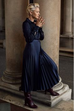 Perfect to score some extra style points, this gorgeous Emma Willis shirt dress is a true day-to-night piece. Satin Pleated Skirt, Pleated Skirt Outfit, Emma Willis Hair, Navy Blue Dress Shirt, Winter Skirt Outfit, Skirts With Boots, Feminine Dress, Party Dresses For Women, Evening Dresses