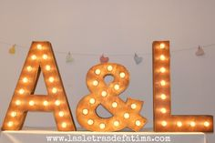 31 inches Light letter. Iluminated Letter. Great for any event :) de Letrasdecorativas en Etsy